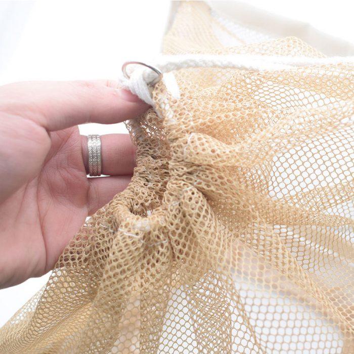 Square-Folding-Veil-Anti-Bees-2