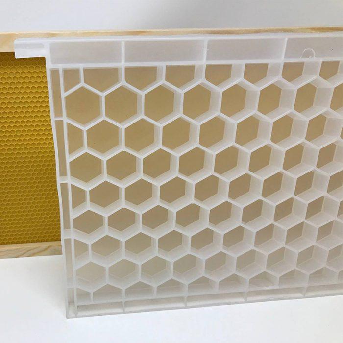 Beehive-Pollen-bee-Feeder-2