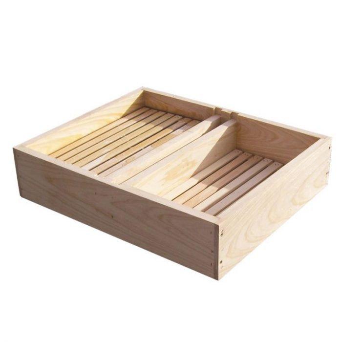 Beekeeping-Wooden-Top-Feeder-4